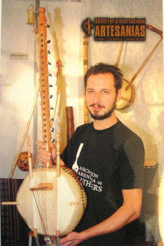KORA african harp of 21 strings of GAMBIA, great prize crafts 2010 Córdoba, ARGENTINA.